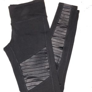 Alo high rise black motto leggings sz small